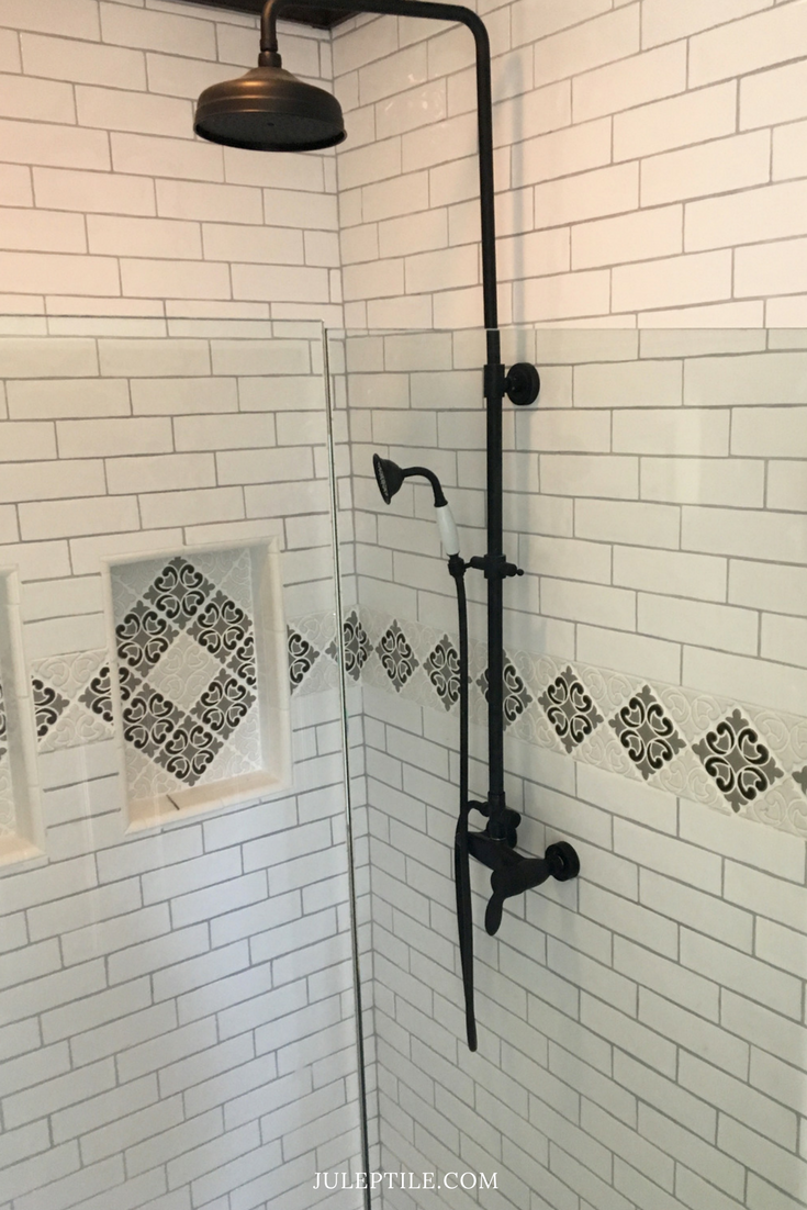Decorative Tile Border In Shower Surround Png