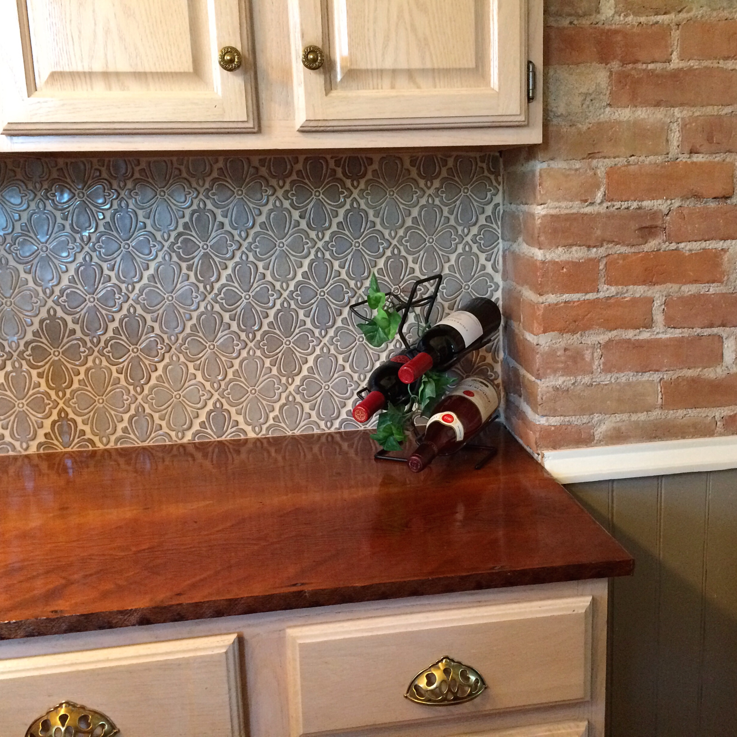 Wood Tile Kitchen Backsplash: Our Top 7 Kitchen Backsplashes